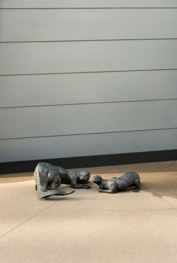 City of Vancouver Public Art Program – Peaceable Kingdom, 2008 (otter detail) by Tom Dean. Photo SITE Photography